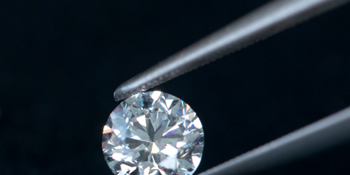 Certification des diamants: le verdict des experts dans un mois